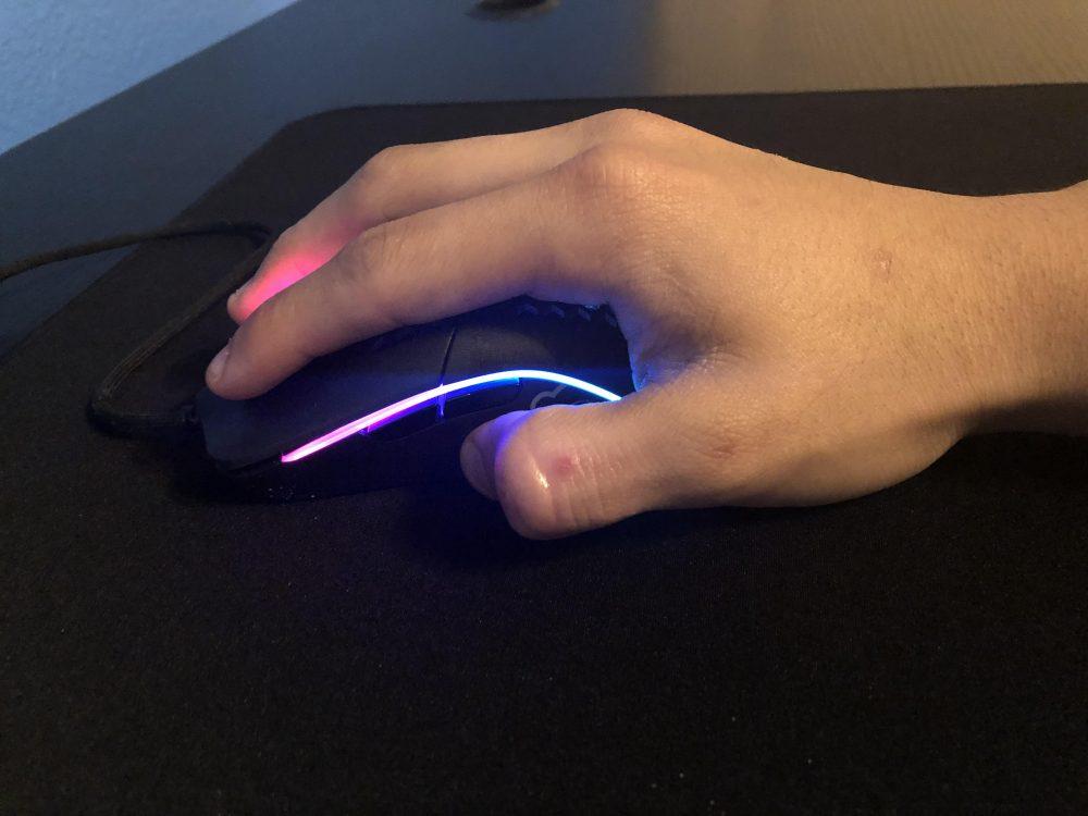 palm-mouse-grip